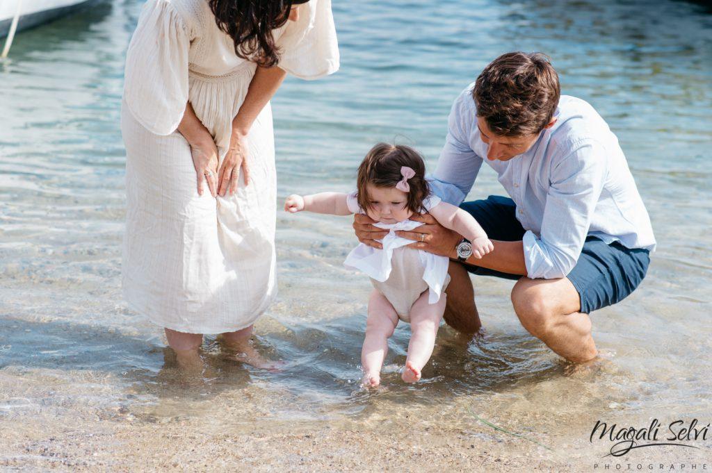 photo enfant et famille en bord de mer